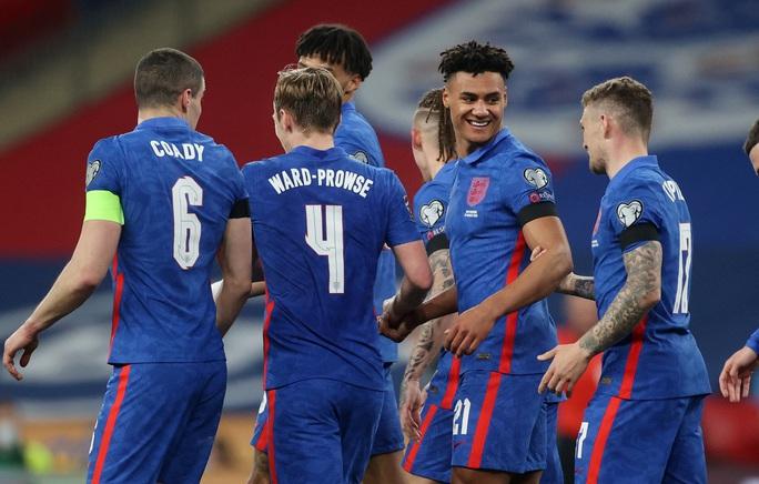 Dội mưa bàn thắng ở Wembley, tuyển Anh vùi dập tí hon San Marino - Ảnh 6.