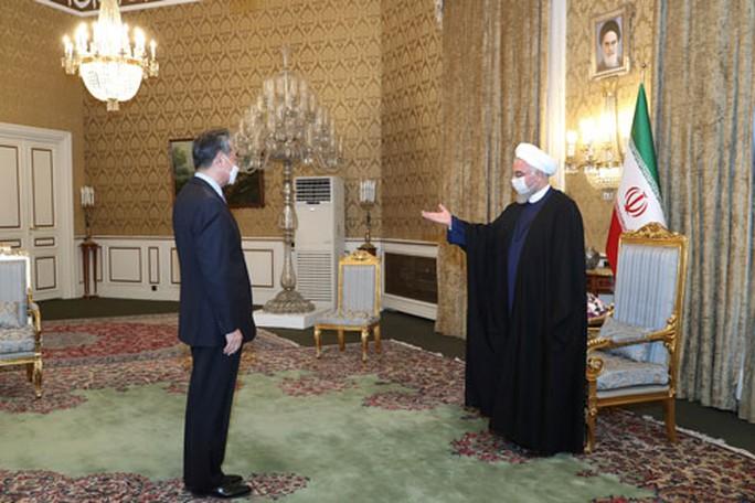 Iran và Trung Quốc xích lại gần nhau - Ảnh 1.