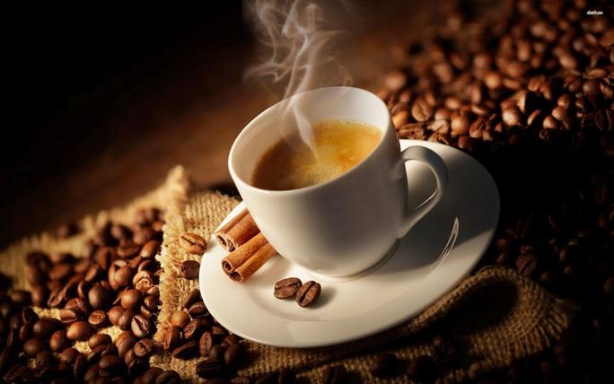 Uống cà phê trước tập thể dục, giảm mỡ bất ngờ - Ảnh 1.