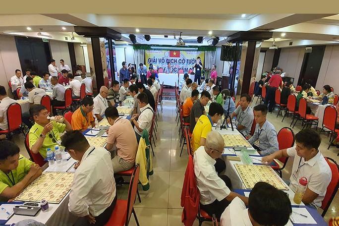 Nóng bỏng cờ tướng Việt: Quán quân nhận tiền thưởng kỷ lục - Ảnh 2.