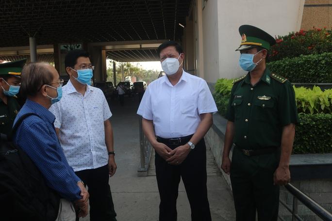 Thứ trưởng Bộ Y tế chỉ đạo phòng chống dịch Covid-19 ở Tây Ninh - Ảnh 1.