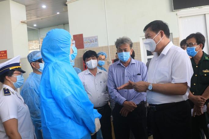 Thứ trưởng Bộ Y tế chỉ đạo phòng chống dịch Covid-19 ở Tây Ninh - Ảnh 2.