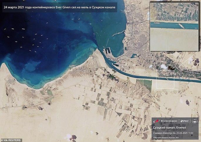 Chủ siêu tàu mắc kẹt ở kênh đào Suez đang chờ trời giúp - Ảnh 5.