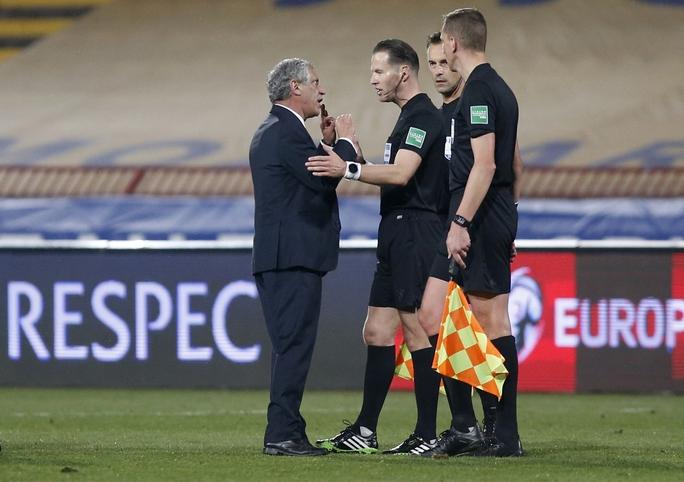 Ronaldo bị cướp công, Bồ Đào Nha ngậm ngùi chia điểm Serbia - Ảnh 3.