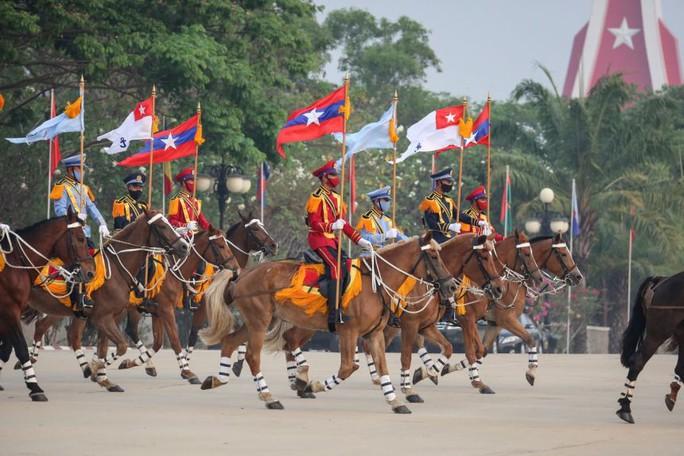 Myanmar: Hơn 100 người thiệt mạng một ngày, tướng lĩnh thế giới lên tiếng - Ảnh 4.