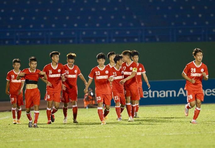 HLV Huỳnh Kesley chia sẻ sau thất bại trong lần đầu dự Giải U19 quốc gia - Ảnh 5.