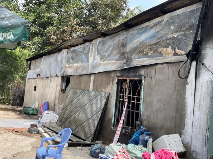 NÓNG: Cháy nhà ở TP Thủ Đức, 6 người trong một gia đình tử vong - Ảnh 3.