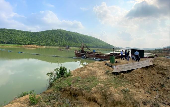 Dự án nạo vét hồ Mậu Lâm chậm tiến độ: Báo Người Lao Động phản ánh là đúng - Ảnh 1.