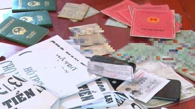 CLIP: Tóm 2 đối tượng hoạt động tín dụng đen ở Phú Quốc - Ảnh 4.