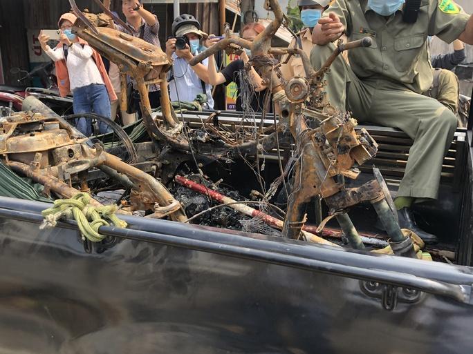 Cận cảnh hiện trường vụ cháy 6 người chết ở TP Thủ Đức - Ảnh 7.