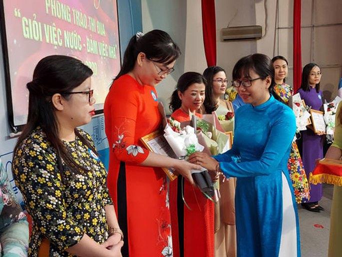 Hơn 10.600 nữ CNVC-LĐ đạt danh hiệu hai giỏi - Ảnh 1.