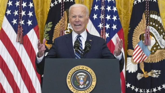 """Ông Biden tiết lộ gói 2,6 ngàn tỉ """"đi tắt, đón đầu"""" Trung Quốc - Ảnh 1."""