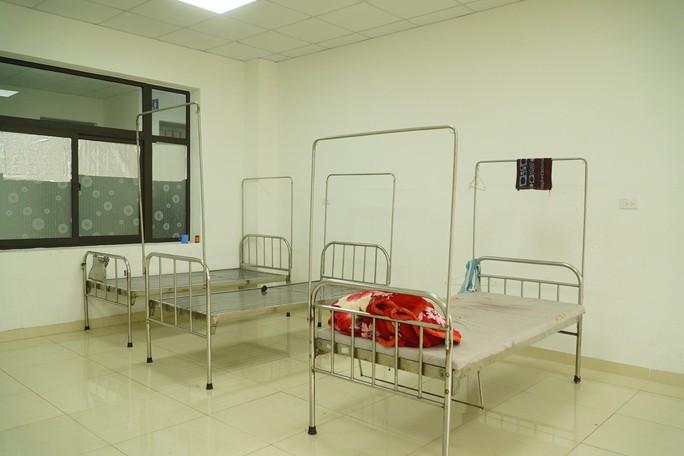 CLIP: Cảnh bên trong phòng bay lắc ma túy tại Bệnh viện Tâm thần Trung ương I - Ảnh 3.