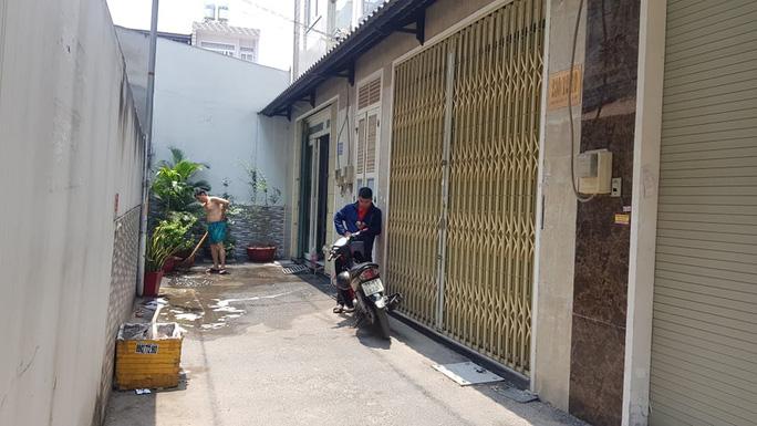 Án mạng giữa ban ngày ở quận Gò Vấp, TP HCM - Ảnh 1.