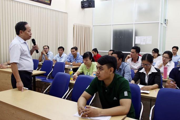 Triển khai chương trình học bổng Công đoàn TP HCM - Ảnh 1.