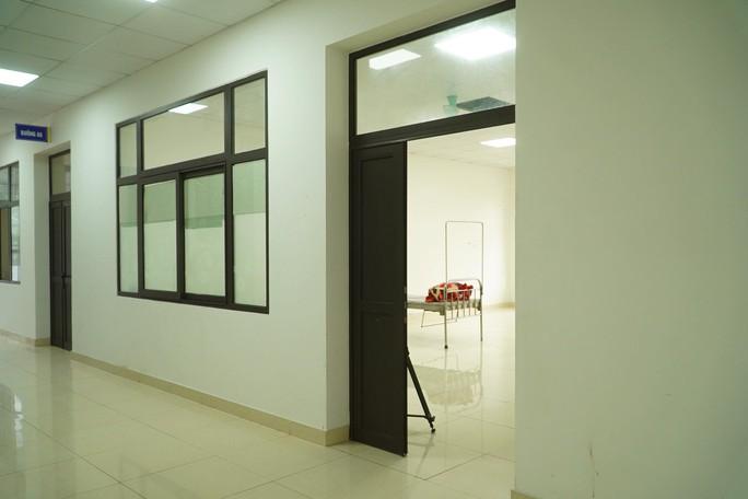CLIP: Cảnh bên trong phòng bay lắc ma túy tại Bệnh viện Tâm thần Trung ương I - Ảnh 2.