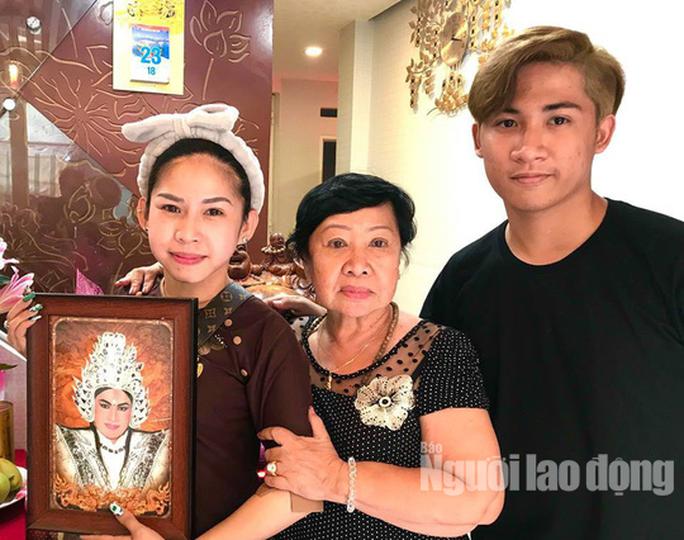Con trai cố nghệ sĩ Chinh Nhân viết lời yêu thương trong dịp sinh nhật cha - Ảnh 1.