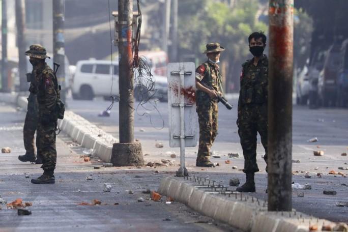 Quân đội Myanmar ra lệnh ngừng bắn 1 tháng - Ảnh 1.