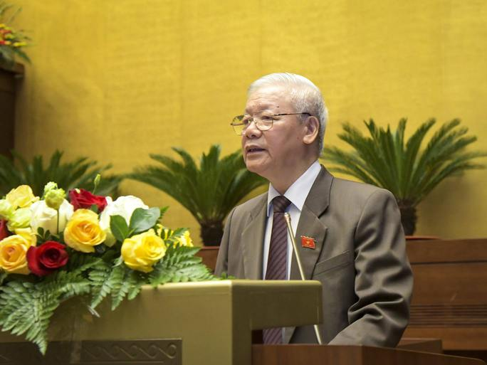 Chủ tịch nước trình Quốc hội miễn nhiệm Thủ tướng Nguyễn Xuân Phúc - Ảnh 1.