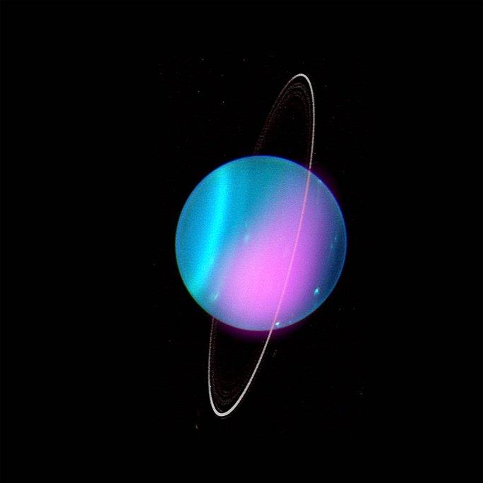 Đài thiên văn bắt được tia X lạ phát từ hành tinh cực gần chúng ta - Ảnh 1.