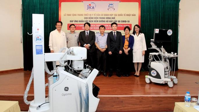JICA hỗ trợ Bệnh viện Trung ương Huế thiết bị nâng cao phòng chống Covid-19 - Ảnh 1.
