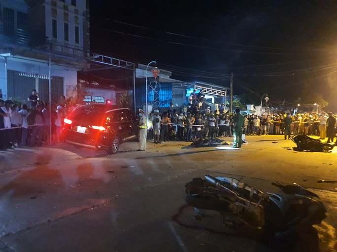 Nhậu xỉn lái ôtô tông 7 người thương vong ở Quảng Nam: Bắt giam tài xế - Ảnh 2.