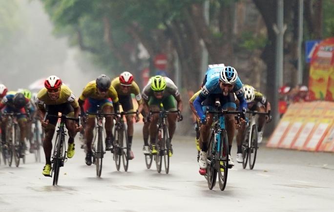 Cúp Truyền hình TP HCM: Loic Desriac khẳng định sức mạnh ở vòng đua tốc độ - Ảnh 5.