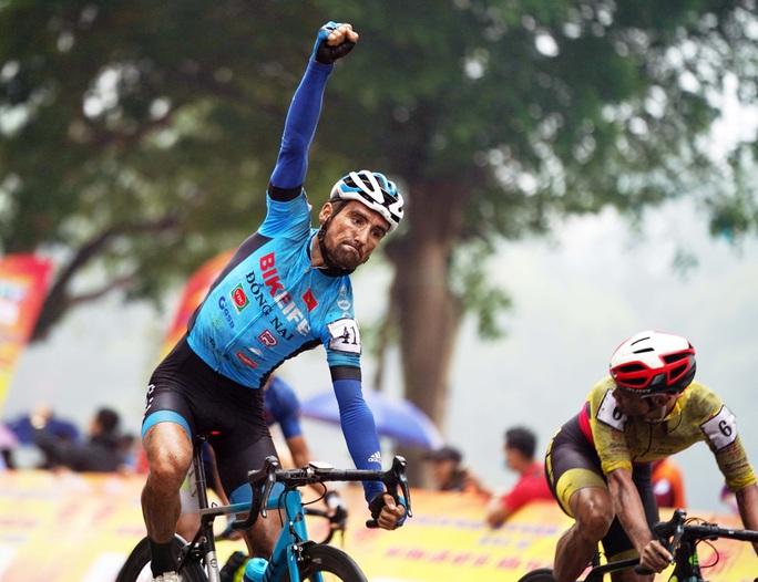 Cúp Truyền hình TP HCM: Loic Desriac khẳng định sức mạnh ở vòng đua tốc độ - Ảnh 6.