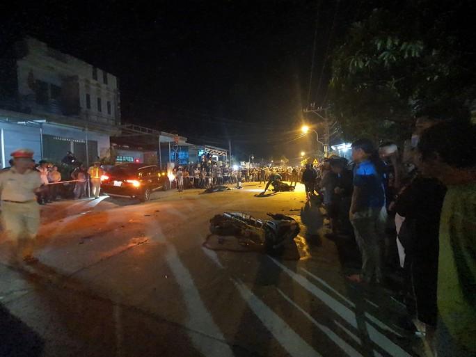Tai nạn kinh hoàng 7 người thương vong ở Quảng Nam: Tài xế say rượu? - Ảnh 3.