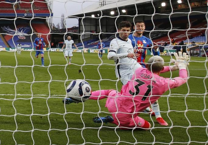 Chelsea mở đại tiệc bàn thắng, Man City thua sốc tân binh ở Etihad - Ảnh 5.