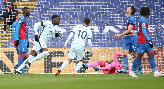 Chelsea mở đại tiệc bàn thắng, Man City thua sốc tân binh ở Etihad - Ảnh 3.