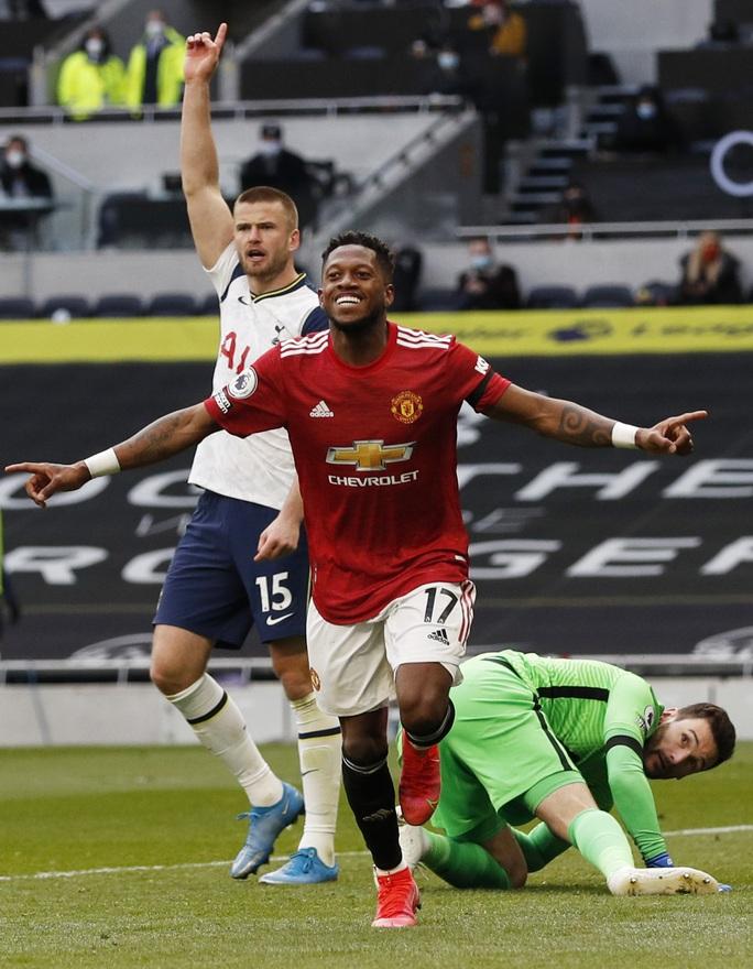 Ngược dòng siêu đỉnh Super Sunday, Man United quật ngã Tottenham - Ảnh 4.