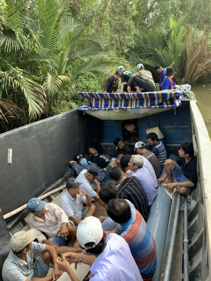CLIP: Cảnh sát hình sự phá trường gà hoạt động tinh vi ở Kiên Giang - Ảnh 4.