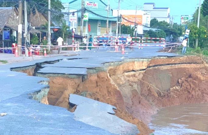 Lãnh đạo tỉnh An Giang nói về khai thác mỏ cát và sạt lở bờ sông - Ảnh 5.
