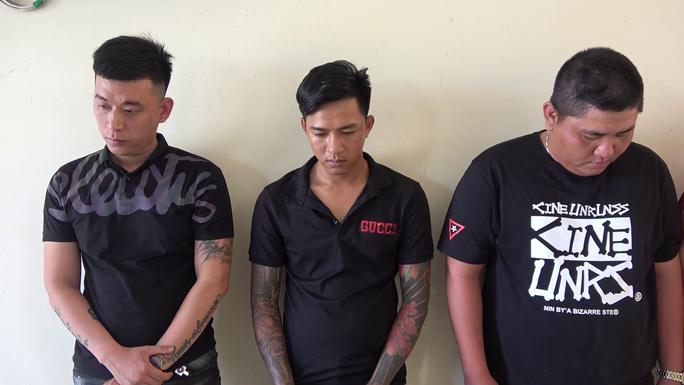 CLIP: Lại phát hiện nhiều đối tượng sử dụng ma túy trong phòng karaoke ở Tiền Giang - Ảnh 3.