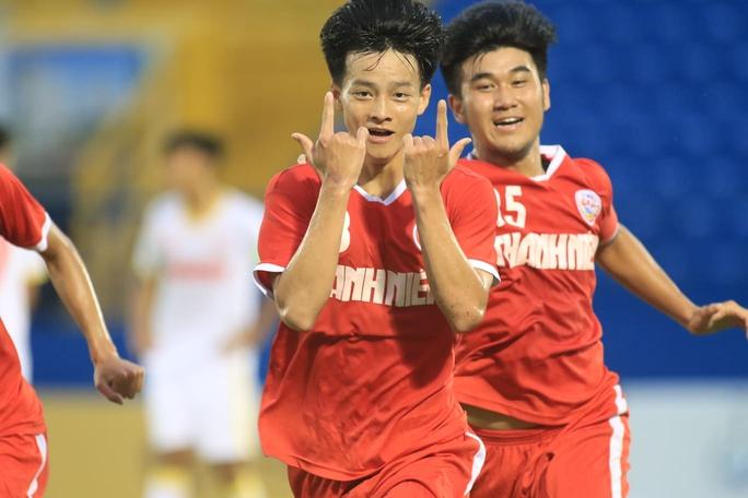 Thua thảm trước PVF, U19 NutiFood tiếp tục về nhì Giải U19 quốc gia - Ảnh 2.