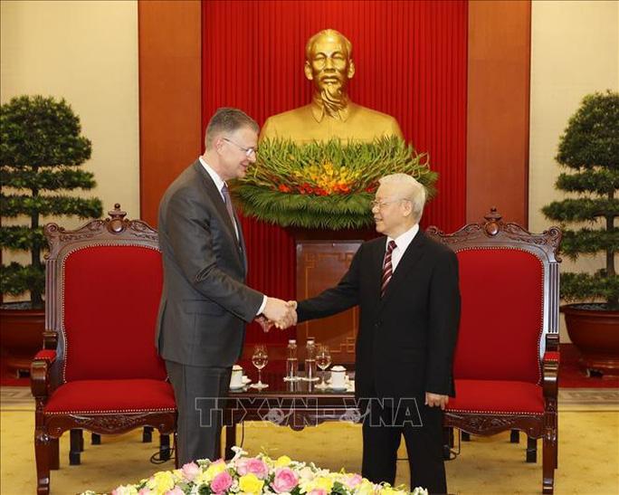 Tổng Bí thư Nguyễn Phú Trọng mời Tổng thống Mỹ Joe Biden sớm thăm Việt Nam - Ảnh 1.