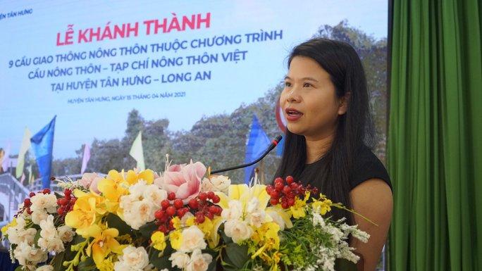 Nguyên Chủ tịch nước Trương Tấn Sang dự khánh thành 17 cầu nông thôn ở Long An - Ảnh 6.