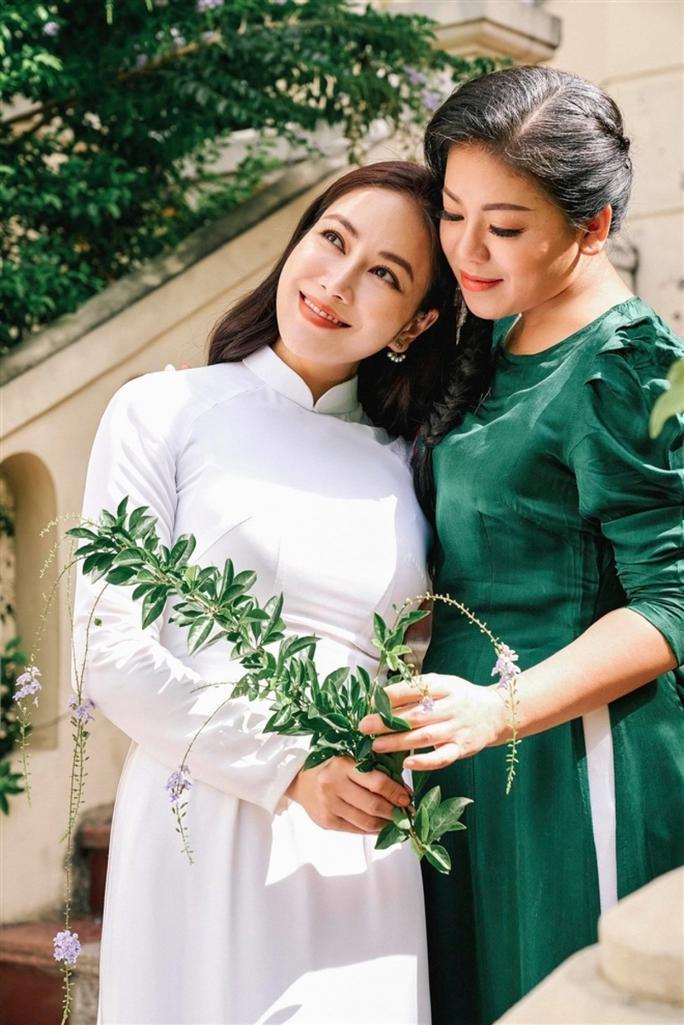 Hoa hậu Áo dài Việt Nam 2019 Tuyết Nga ra mắt MV tri ân quê hương Thanh Hoá - Ảnh 1.