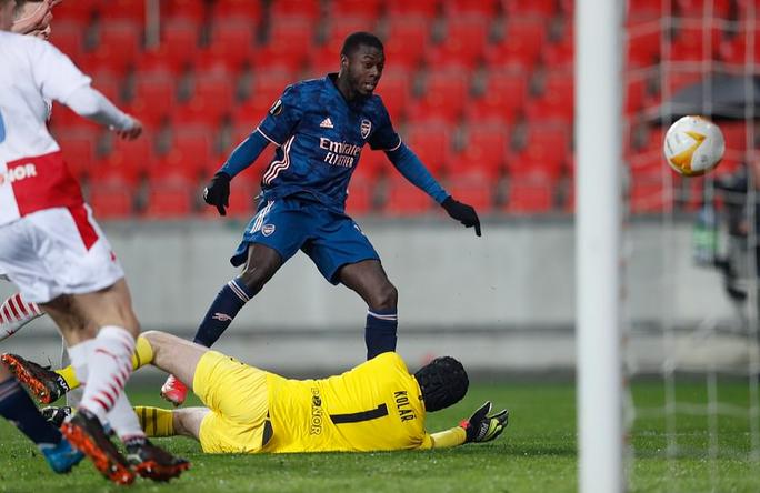 Arsenal đại phá Slavia Prague, đoạt vé bán kết Europa League - Ảnh 3.