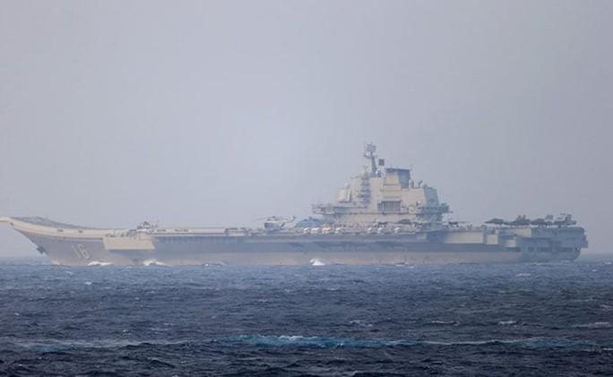 Ẩn ý của Trung Quốc khi tàu sân bay tập trận gần Đài Loan - Ảnh 1.