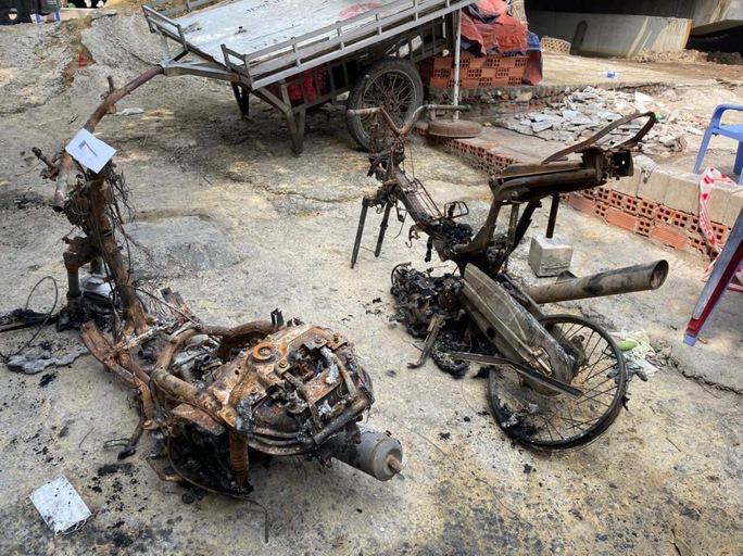 Công an TP HCM đưa ra nguyên nhân ban đầu vụ cháy nhà khiến 6 người thiệt mạng - Ảnh 1.