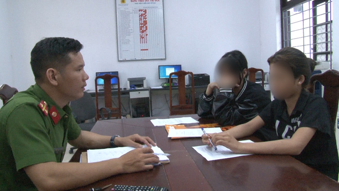 Thực hư chuyện 2 nữ sinh TP Huế đánh nhau trên đường phố - Ảnh 1.