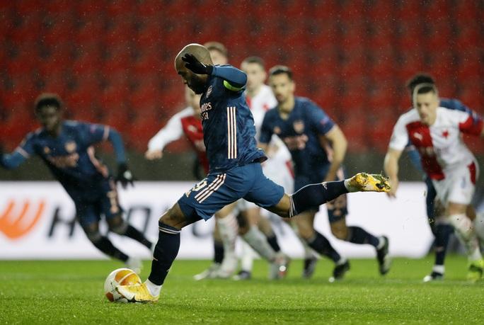Arsenal đại phá Slavia Prague, đoạt vé bán kết Europa League - Ảnh 4.