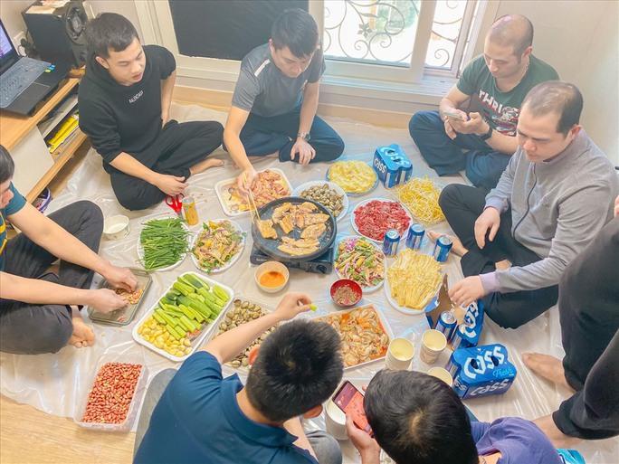 Lao động Việt Nam ở Hàn Quốc mong được về quê hương - Ảnh 4.