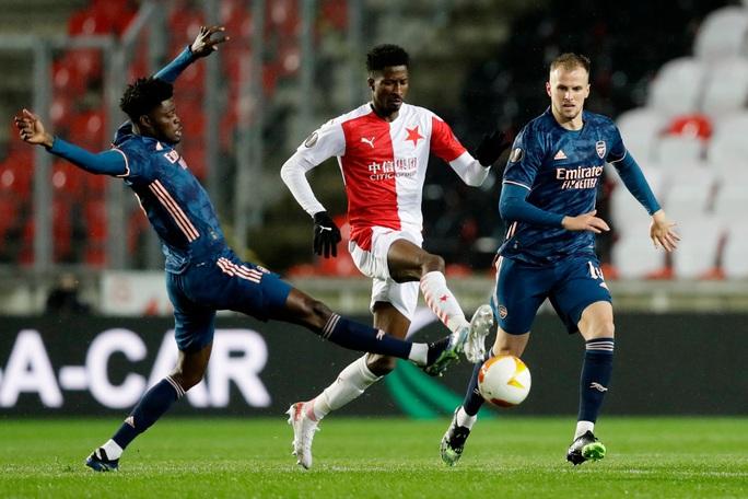 Arsenal đại phá Slavia Prague, đoạt vé bán kết Europa League - Ảnh 1.