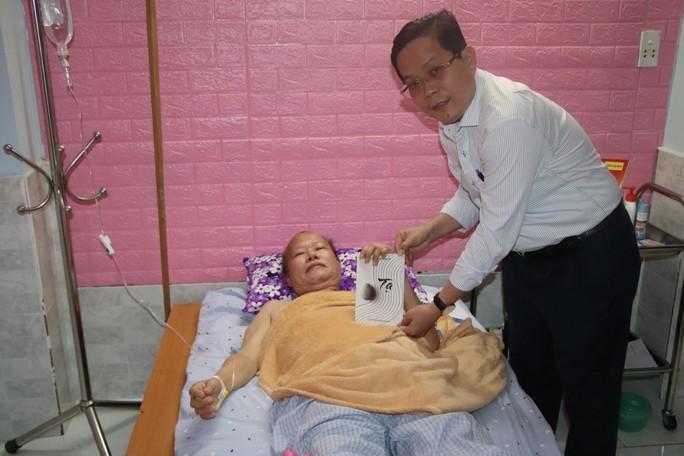 Mai Vàng nhân ái đến với 2 nhà thơ ở Quảng Nam - Ảnh 4.