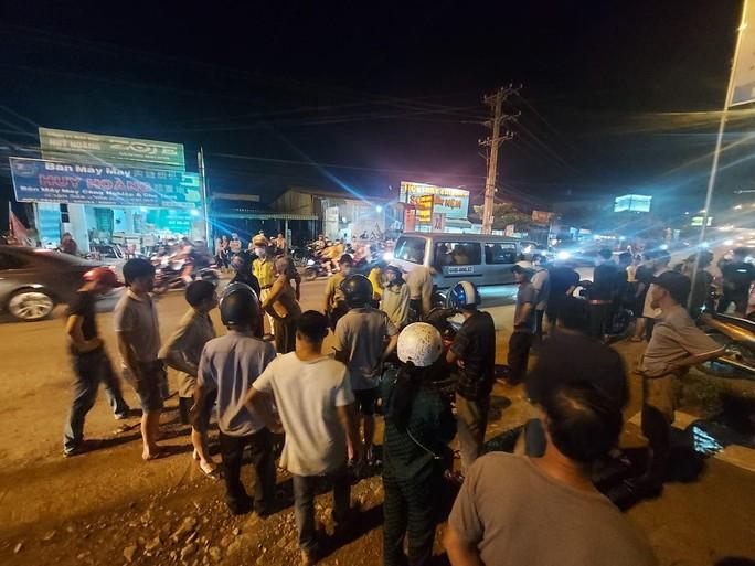 Thương tâm nữ sinh bị ô tô tông chết ở Cầu Xéo Long Thành rồi bỏ chạy - Ảnh 1.