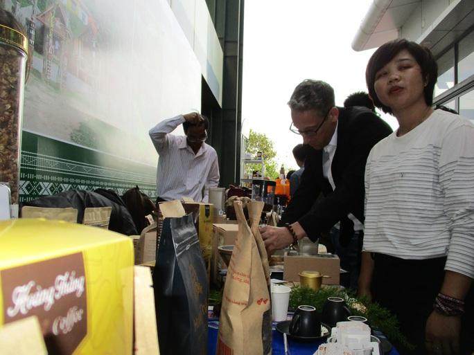Lạc Dương thu hút du lịch, nông nghiệp xanh sạch - Ảnh 1.