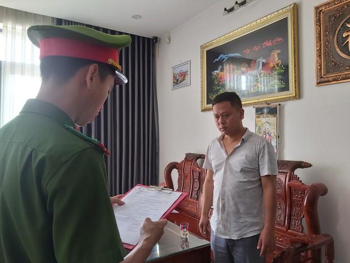 Đà Nẵng: Bắt giam một giám đốc cầm sổ đỏ của người khác vay 8 tỉ đồng - Ảnh 1.